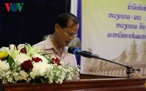 Cựu lưu học sinh Việt Nam tri ân các thầy cô giáo Lào  - ảnh 1