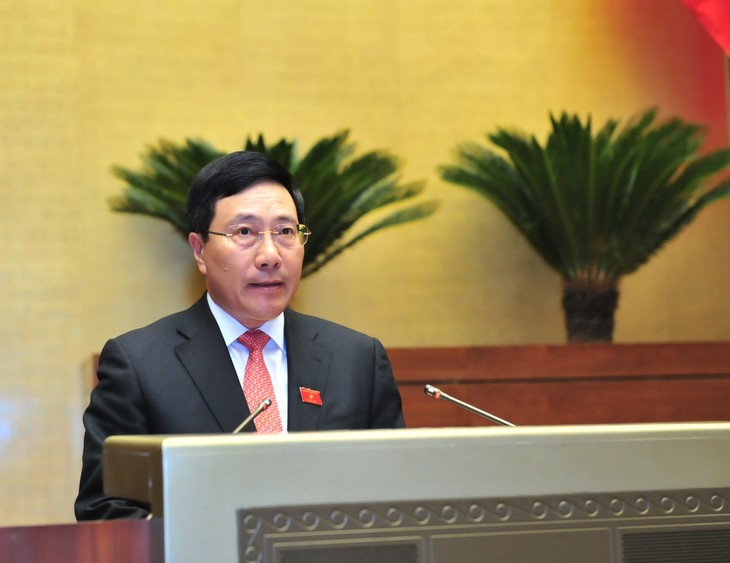Quốc hội thảo luận Dự án Luật sửa đổi, bổ sung Luật cơ quan đại diện Việt Nam ở nước ngoài - ảnh 1