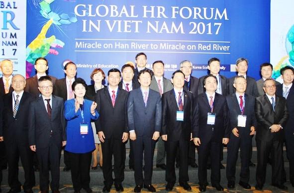 Diễn đàn Nguồn nhân lực toàn cầu 2017 Việt Nam - Hàn Quốc  - ảnh 1