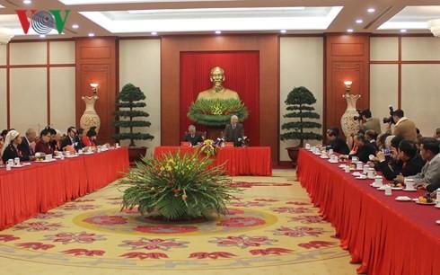 Tổng Bí thư Nguyễn Phú Trọng gặp mặt đại biểu dân tộc thiểu số tiêu biểu - ảnh 1