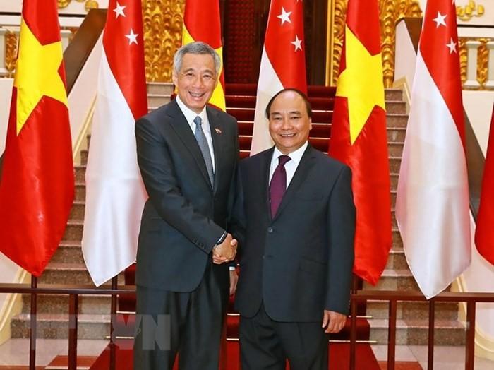 Động lực mới cho quan hệ đối tác chiến lược Việt Nam - Singapore - ảnh 1