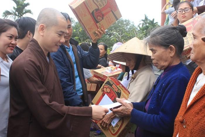 Nhiều hoạt động trong Đại lễ Phật đản ở các tỉnh miền Trung - ảnh 2