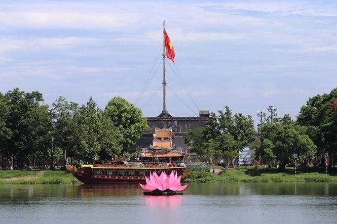 Nhiều hoạt động trong Đại lễ Phật đản ở các tỉnh miền Trung - ảnh 1