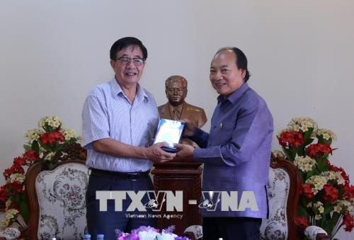 Bàn giao cho Lào bộ phim tài liệu Chủ tịch Suphanouvong với Việt Nam - ảnh 1