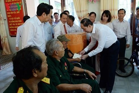 Chủ tịch nước thăm Trung tâm điều dưỡng Thương binh và Người có công Long Đất, tỉnh Bà Rịa -Vũng Tàu - ảnh 2