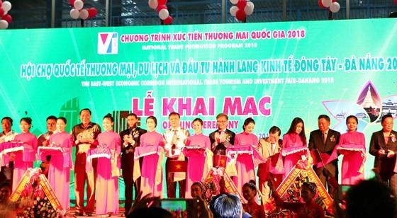 Khai mạc Hội chợ quốc tế Thương mại, Du lịch và Đầu tư hành lang kinh tế Đông Tây Đà Nẵng  - ảnh 1
