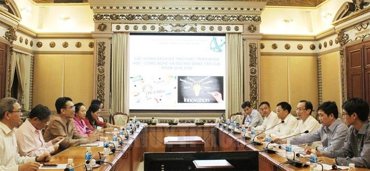 Lãnh đạo Thành phố Hồ Chí Minh tiếp đoàn cán bộ Bộ Khoa học và Công nghệ Lào  - ảnh 1