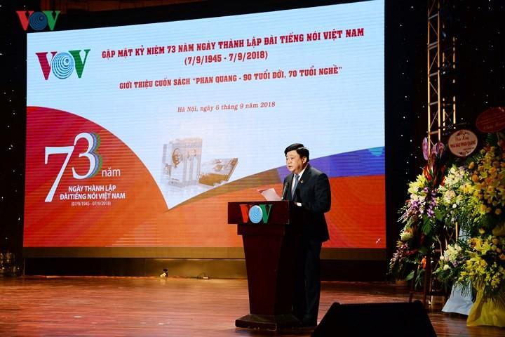 """Gặp mặt kỷ niệm 73 năm thành lập Đài TNVN và giới thiệu cuốn sách """"Phan Quang – 90 tuổi đời, 70 tuổi nghề"""" - ảnh 2"""