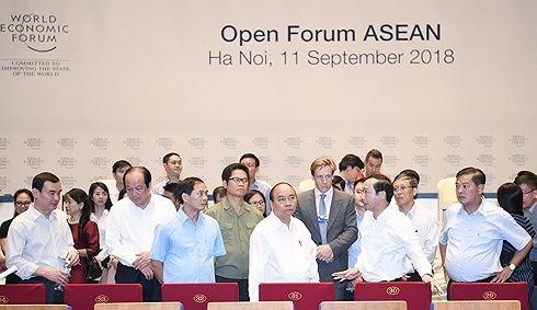 Chung tay xây dựng cộng đồng ASEAN thời kỳ cách mạng công nghiệp 4.0 - ảnh 3