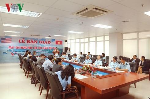 Bàn giao máy soi do Hoa Kỳ tài trợ Hải quan Việt nam - ảnh 1