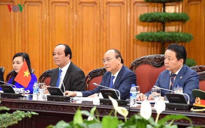 Thủ tướng Nguyễn Xuân Phúc hội đàm với Thủ tướng Cộng hòa Pháp Édouard Philippe - ảnh 2
