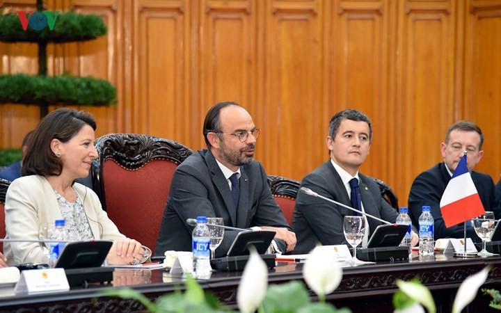 Thủ tướng Nguyễn Xuân Phúc hội đàm với Thủ tướng Cộng hòa Pháp Édouard Philippe - ảnh 3
