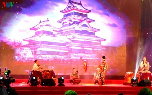 Khai mạc Chương trình giao lưu văn hóa, thương mại Việt Nam - Nhật Bản lần thứ IV - ảnh 1