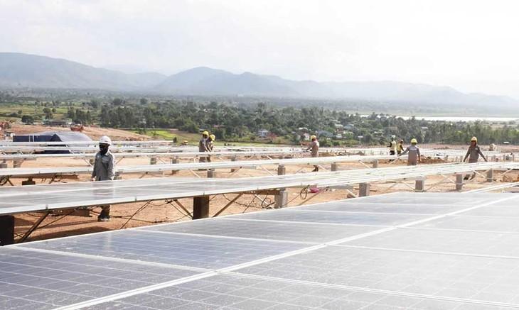 Tây Nguyên có nhiều tiềm năng về năng lượng điện mặt trời - ảnh 1