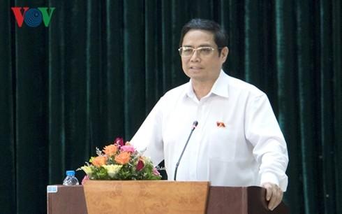 Trưởng Ban tổ chức Trung ương Phạm Minh Chính tiếp xúc cử tri tỉnh Quảng Ninh - ảnh 1