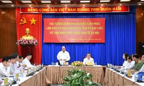 Thủ tướng làm việc với lãnh đạo tỉnh Bạc Liêu về tình hình kinh tế-xã hội - ảnh 1