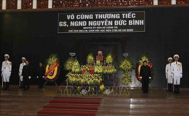Tổ chức trọng thể Lễ tang Nguyên Giám đốc Học viện Chính trị quốc gia Hồ Chí Minh Nguyễn Đức Bình - ảnh 1