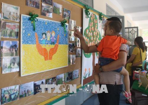 Chung tay giúp trẻ tự kỷ hòa nhập cộng đồng - ảnh 1