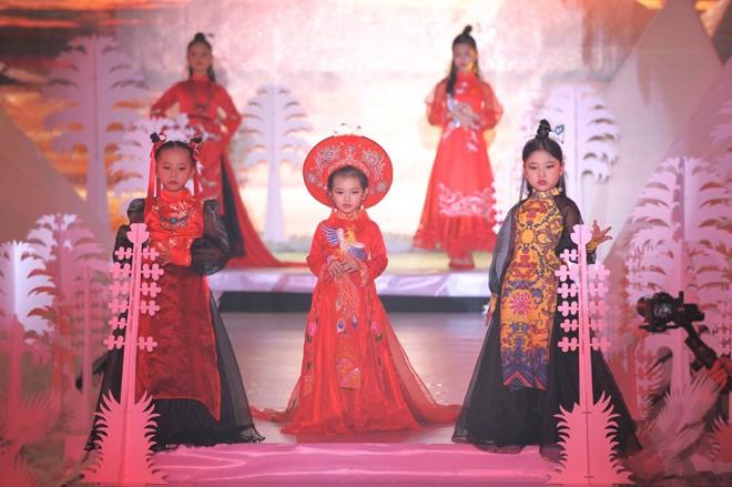 Tuần lễ thời trang trẻ em Quốc tế Việt Nam 2019 - ảnh 1