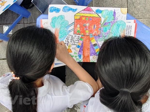 Thực hiện các mục tiêu phát triển bền vững, hướng tới chấm dứt lao động trẻ em - ảnh 1
