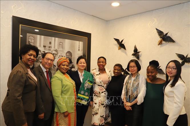Việt Nam và Nam Phi tăng cường hợp tác vì sự phát triển của phụ nữ - ảnh 1