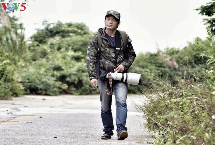 Gặp nhà báo đam mê chụp Voọc Chà vá chân nâu Sơn Trà - ảnh 1