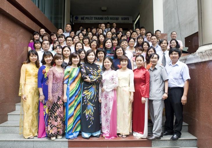 Phát thanh đối ngoại lớn mạnh cùng Đài Tiếng nói Việt Nam - ảnh 14