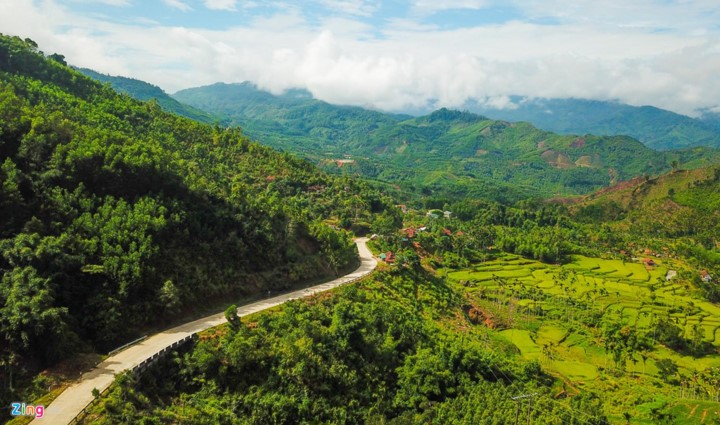 Truong Son Dong mountain range – ideal place for cloud hunters - ảnh 1
