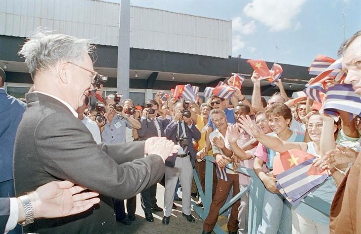 Những khoảnh khắc ấn tượng về nguyên Chủ tịch nước Lê Đức Anh - ảnh 10