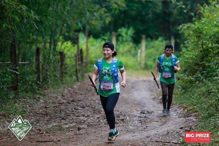 Chạy để cùng nhau sống vui khỏe và nhân lên sức mạnh tương ái - ảnh 11