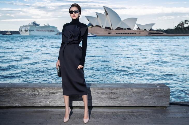 H'Hen Niê nổi bật trong show diễn của NTK Đỗ Mạnh Cường ở Sydney - ảnh 9