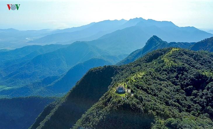 Top 10 destinations to enjoy summer retreat in Vietnam - ảnh 7