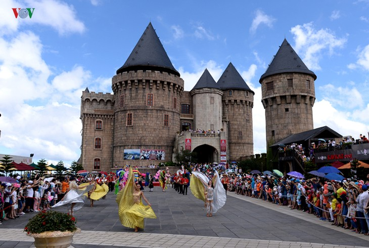 Top 10 destinations to enjoy summer retreat in Vietnam - ảnh 9