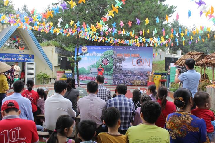 Thiếu nhi Việt Nam hành động chống rác thải nhựa - ảnh 2