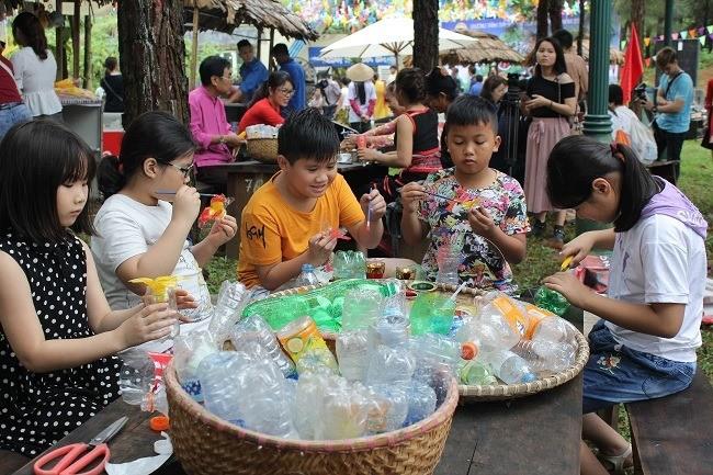Thiếu nhi Việt Nam hành động chống rác thải nhựa - ảnh 7