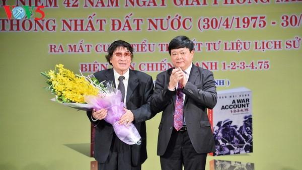 """Đọc """"Viết và Đối thoại"""" của nhà báo, nhà văn Trần Mai Hạnh - ảnh 4"""