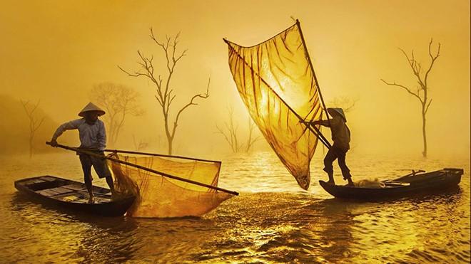 Việt Nam đẹp như tranh vẽ qua các tác phẩm ảnh tại triển lãm Ánh sáng từ tâm - ảnh 10