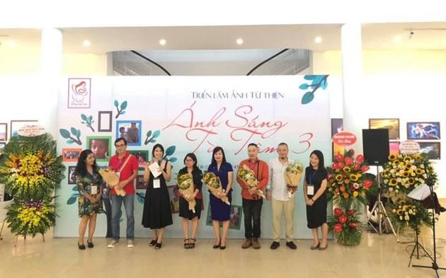 Việt Nam đẹp như tranh vẽ qua các tác phẩm ảnh tại triển lãm Ánh sáng từ tâm - ảnh 1