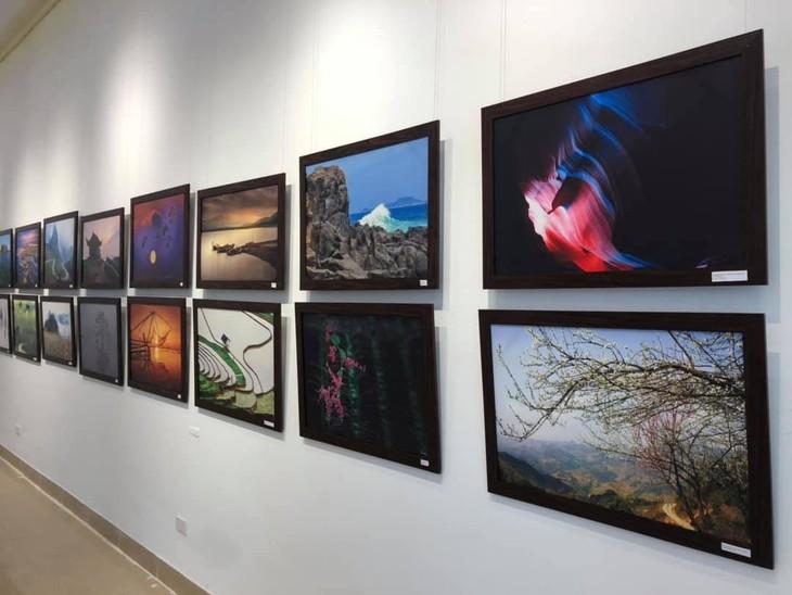 Việt Nam đẹp như tranh vẽ qua các tác phẩm ảnh tại triển lãm Ánh sáng từ tâm - ảnh 3