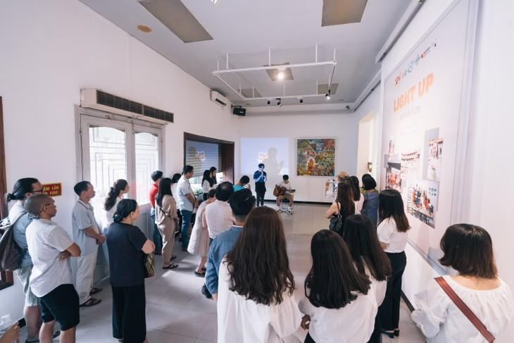 Triển lãm nghệ thuật quốc tế Light Up - Thắp sáng ước mơ - ảnh 5