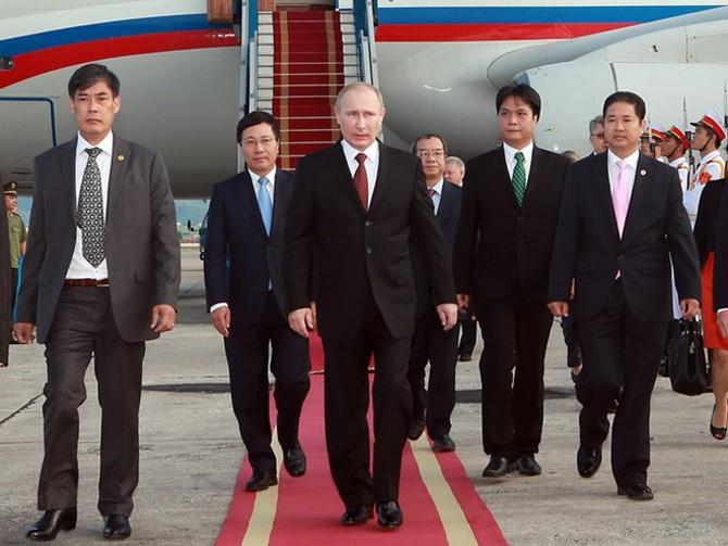 Vietnam y Rusia abogan por profundizar asociación estratégica y cooperación integral bilateral - ảnh 1