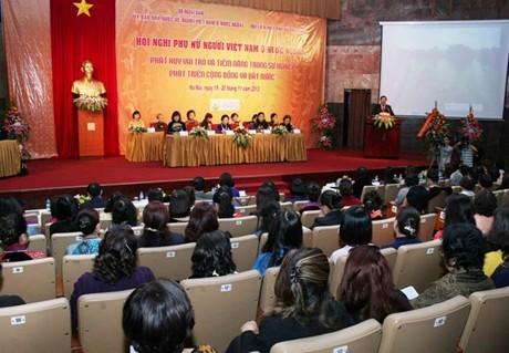 Estimulan aportes de mujeres en ultramar a promoción de cultura vietnamita - ảnh 1
