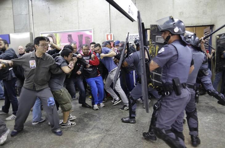 Dilma Rousseff: La huelga de metro de Sao Paulo amenaza Copa Mundial 2014 - ảnh 1