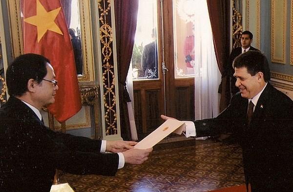 Encomian potencialidades de cooperación entre Vietnam y Paraguay - ảnh 1