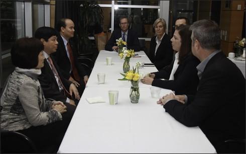 Compañías estadounidenses ampliarán sus inversiones en Vietnam - ảnh 1