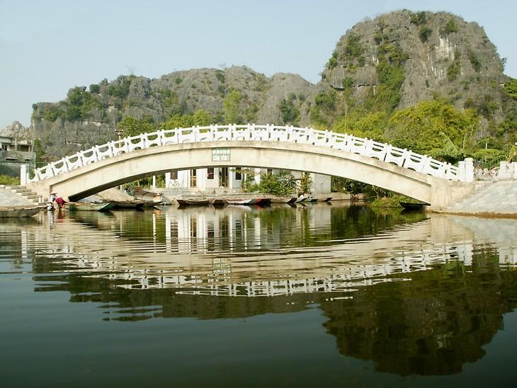La belleza del conjunto paisajístico de Tràng An - ảnh 6