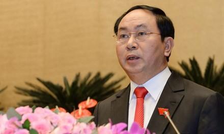 Nuevo presidente vietnamita visita y trabaja en Ninh Binh - ảnh 1