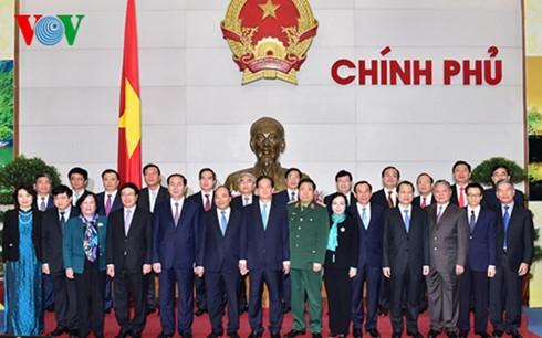 Desafíos y tareas apremiantes del nuevo Gobierno de Vietnam - ảnh 2