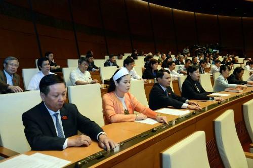 Parlamento vietnamita continúa liberación de cargos de dirigencia - ảnh 1