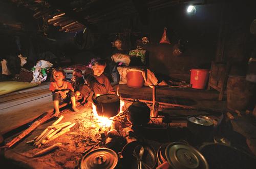 Ancestral culto a la deidad de la cocina de los Ha Nhi - ảnh 2